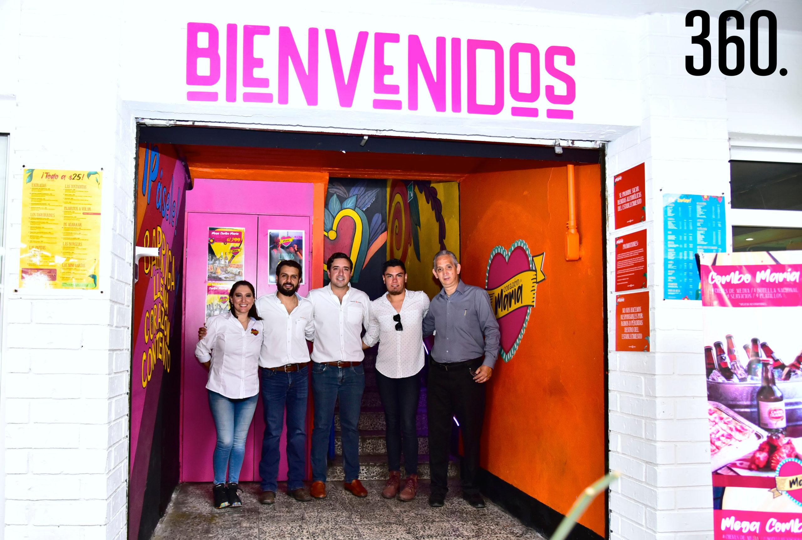 Wendy Lara, Rodrigo Ruvalcaba, Chuy César, Luis Ricalde y Víctor Gómez.