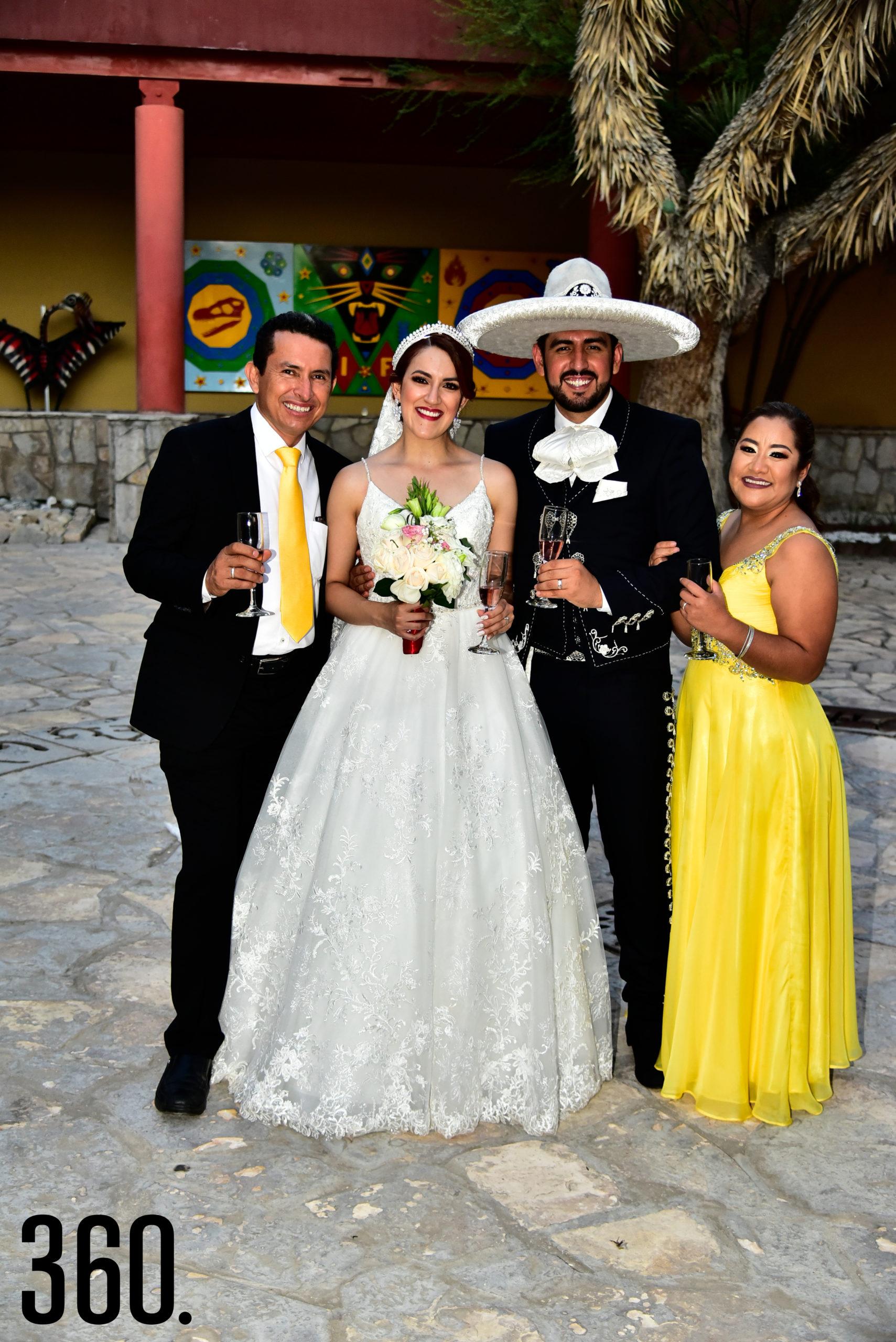 Eduardo Cabello, Valeria Flores, Rudiger Gabriel Ríos y Ana Patricia Vásquez.