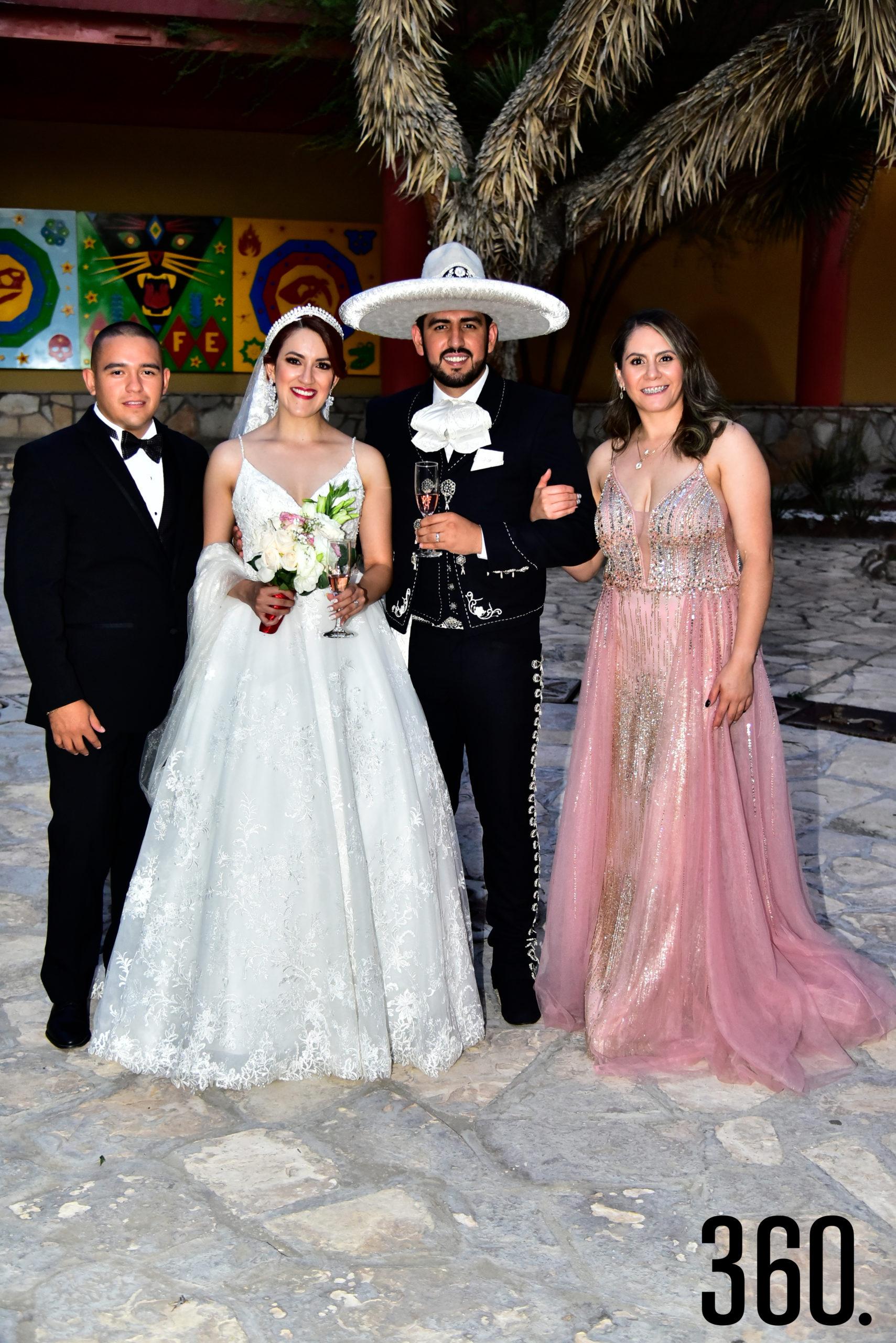 Jesús Cerecero, Valeria Flores, Rudiger Gabriel Ríos y Paola Godoy.