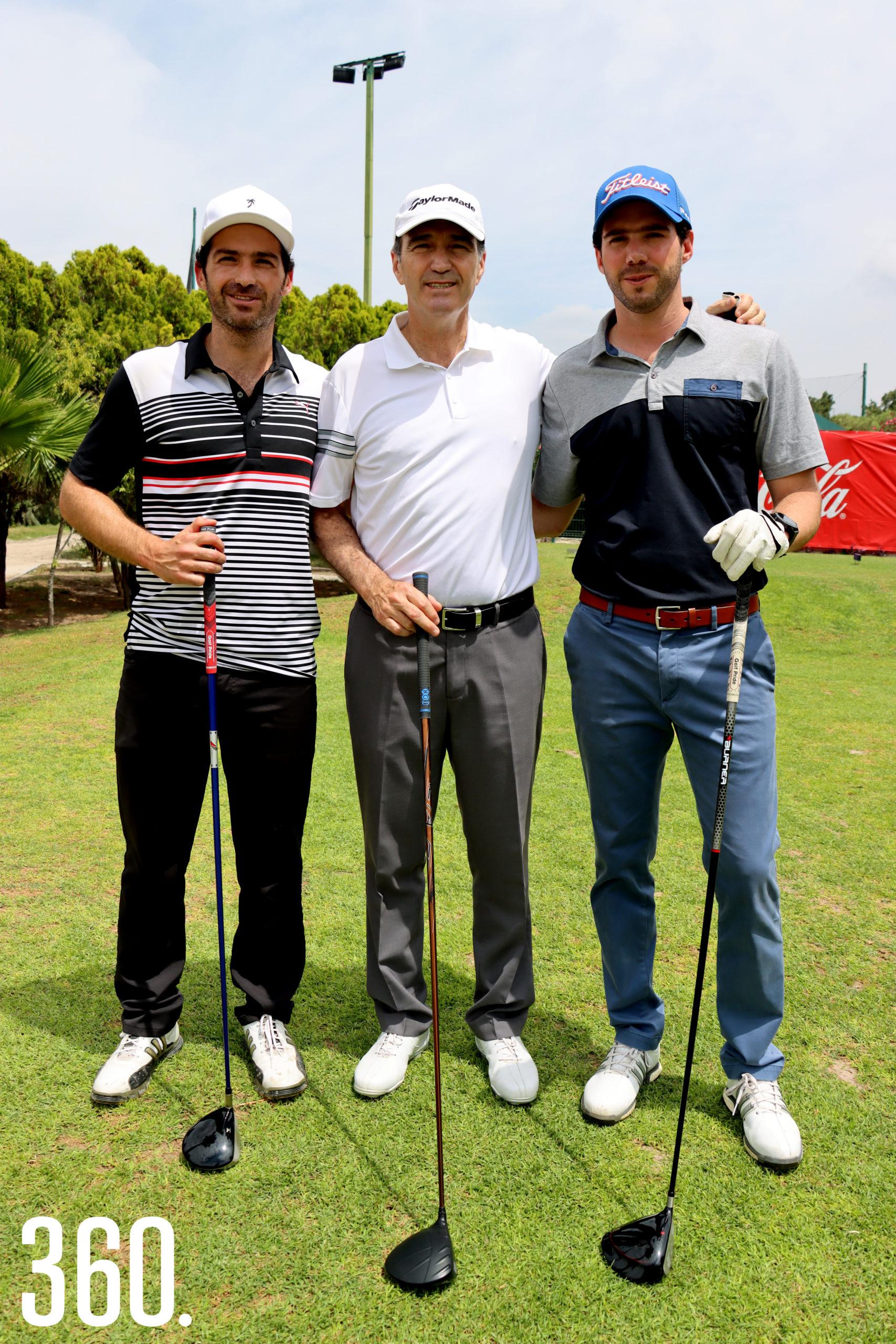 Juan Carlos, Sergio y Sergio Pérez.