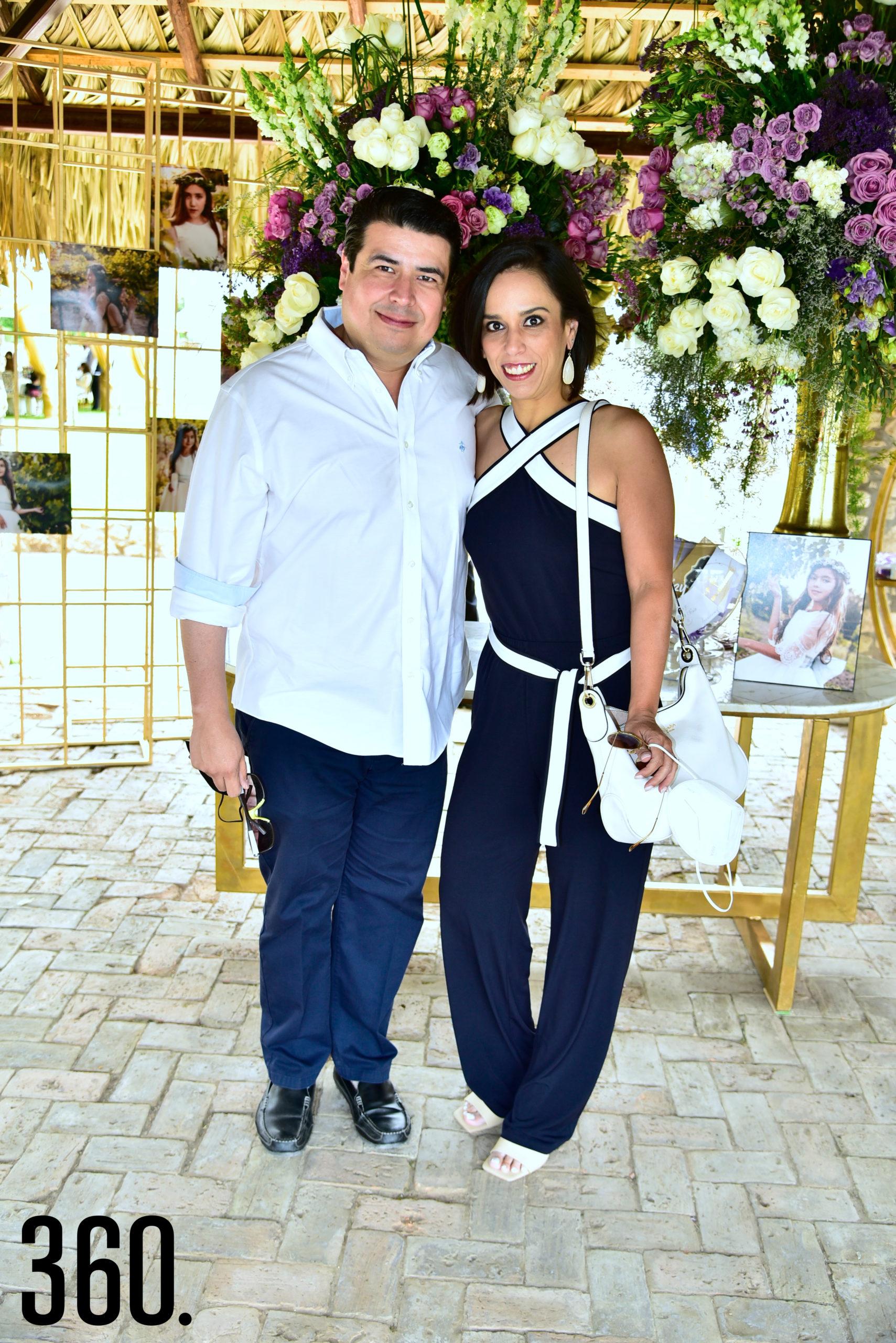 Daniel Gómez y Marijose González.