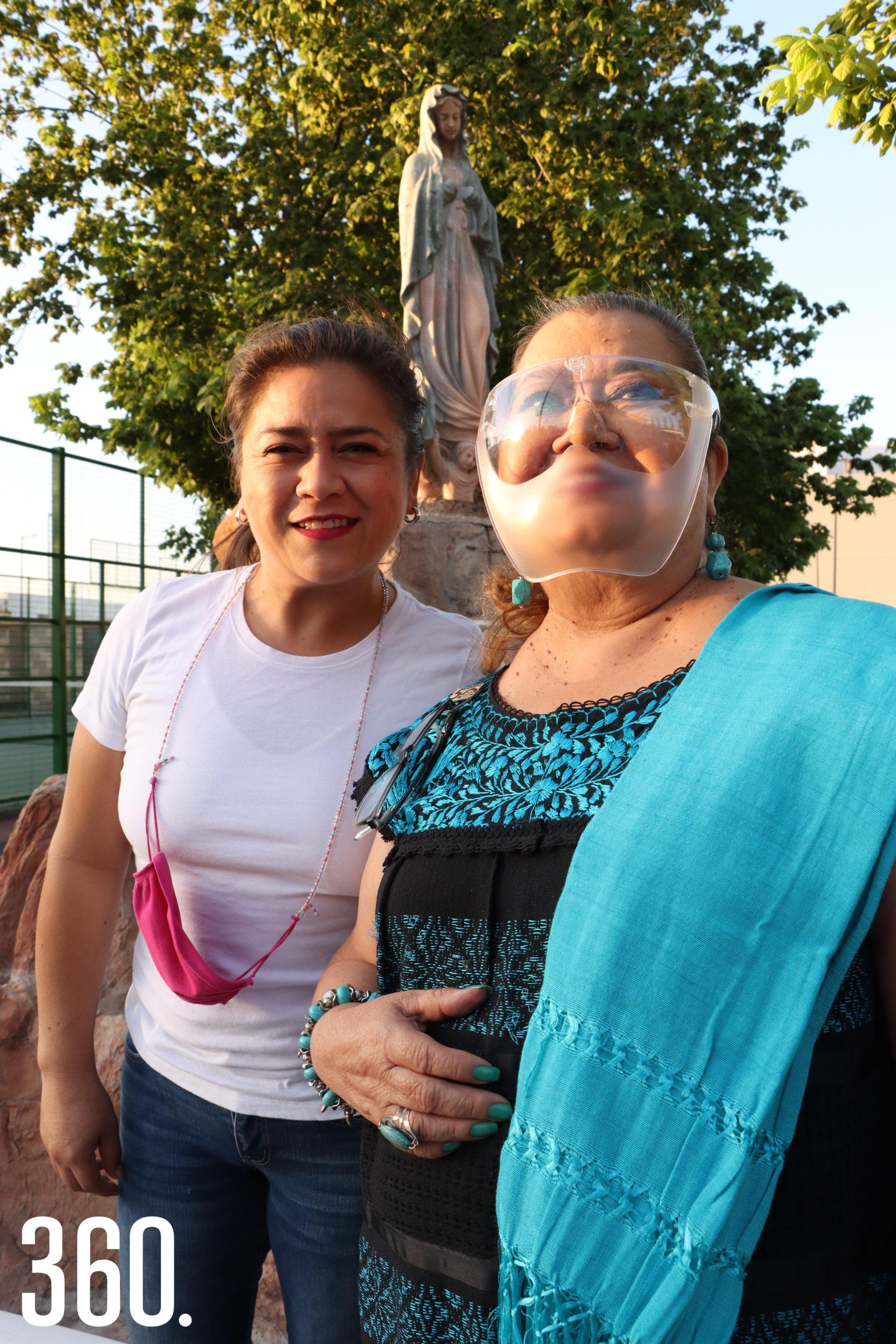 Yaneth y Olga Berlanga.