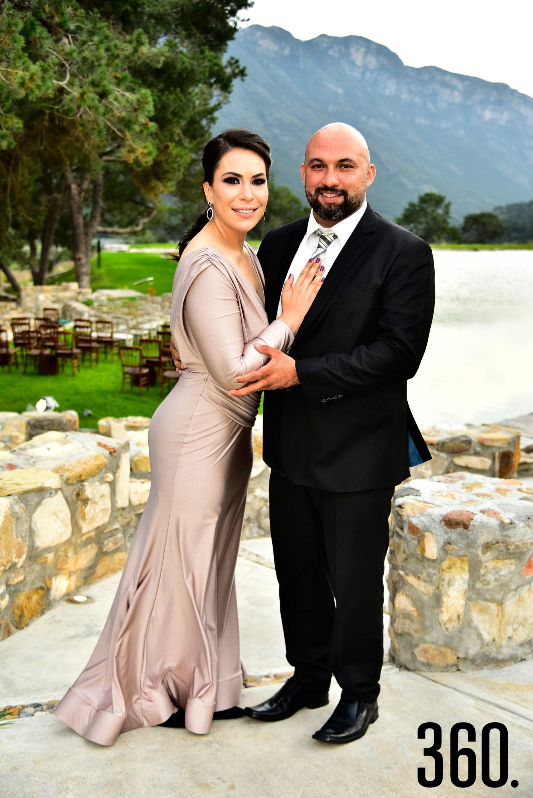 Melissa Suarez y José Ángel Mendoza.