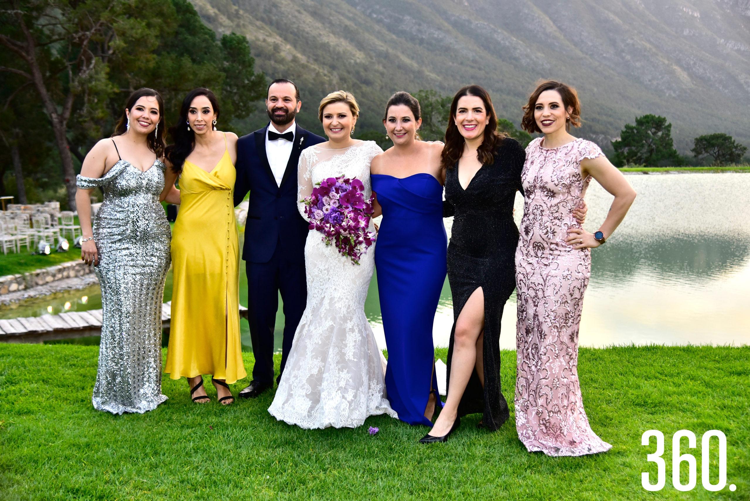 Tania Gil, Daniela Ramírez, Fernando González, Cecilia de la Garza, Jessica Saucedo, Elsa Dávila y Silvana Segovia.