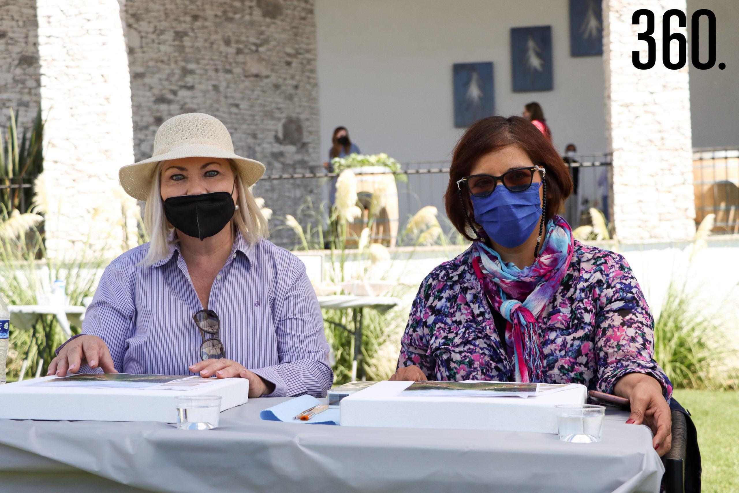 Emma Urrutia y Silvia Solis.