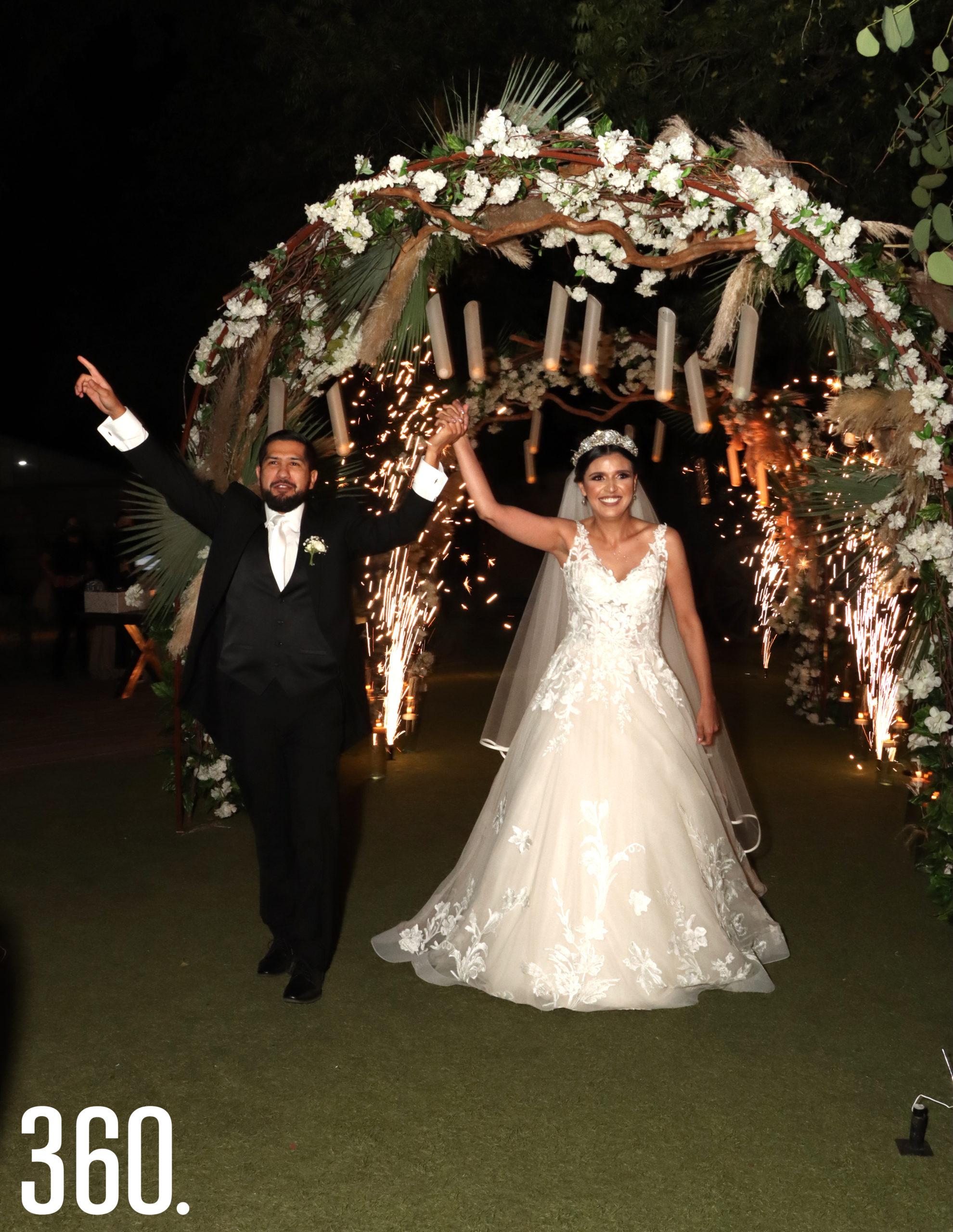 Guido García Lerma y Sheila Mendoza Orozco unieron sus vidas por medio del sacramento del matrimonio.