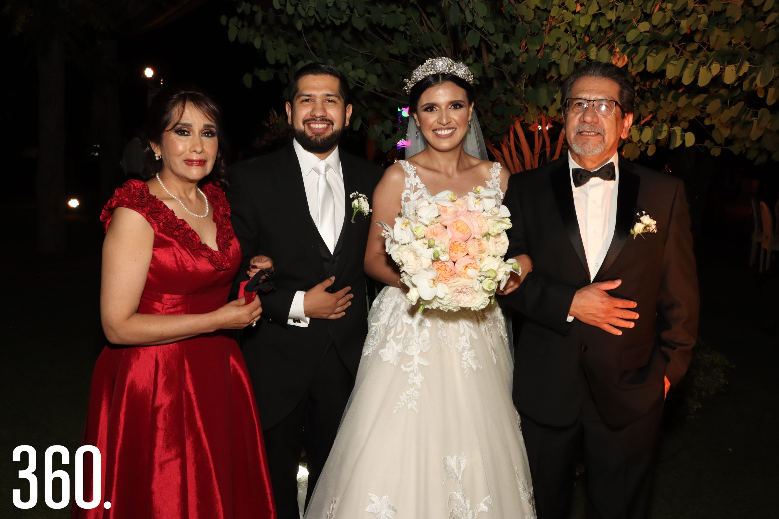 Francisco García Guido y Patricia Lerma, padres de Guido con Guido y Sheila.