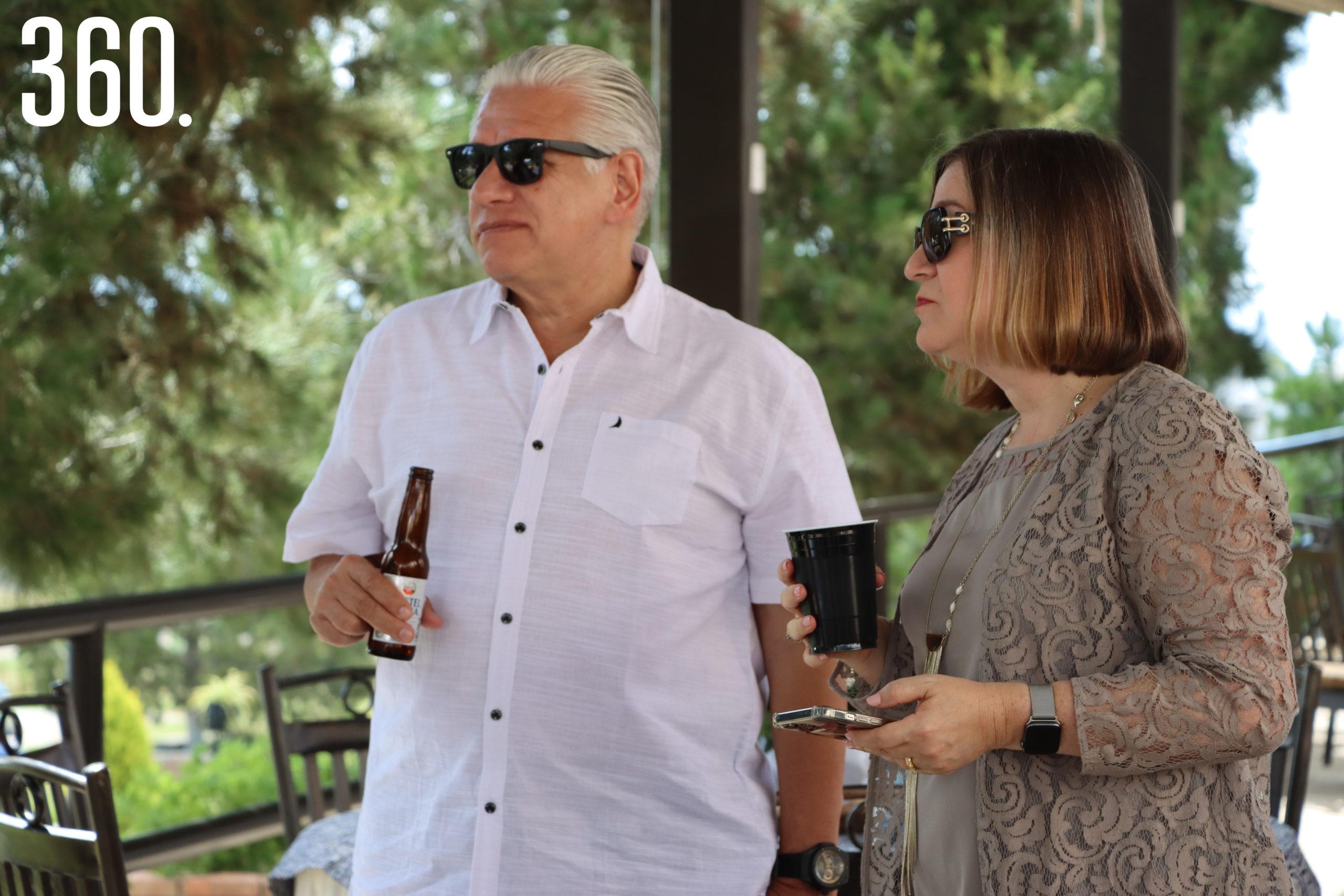 Enrique Castillo e Hilda Richer.