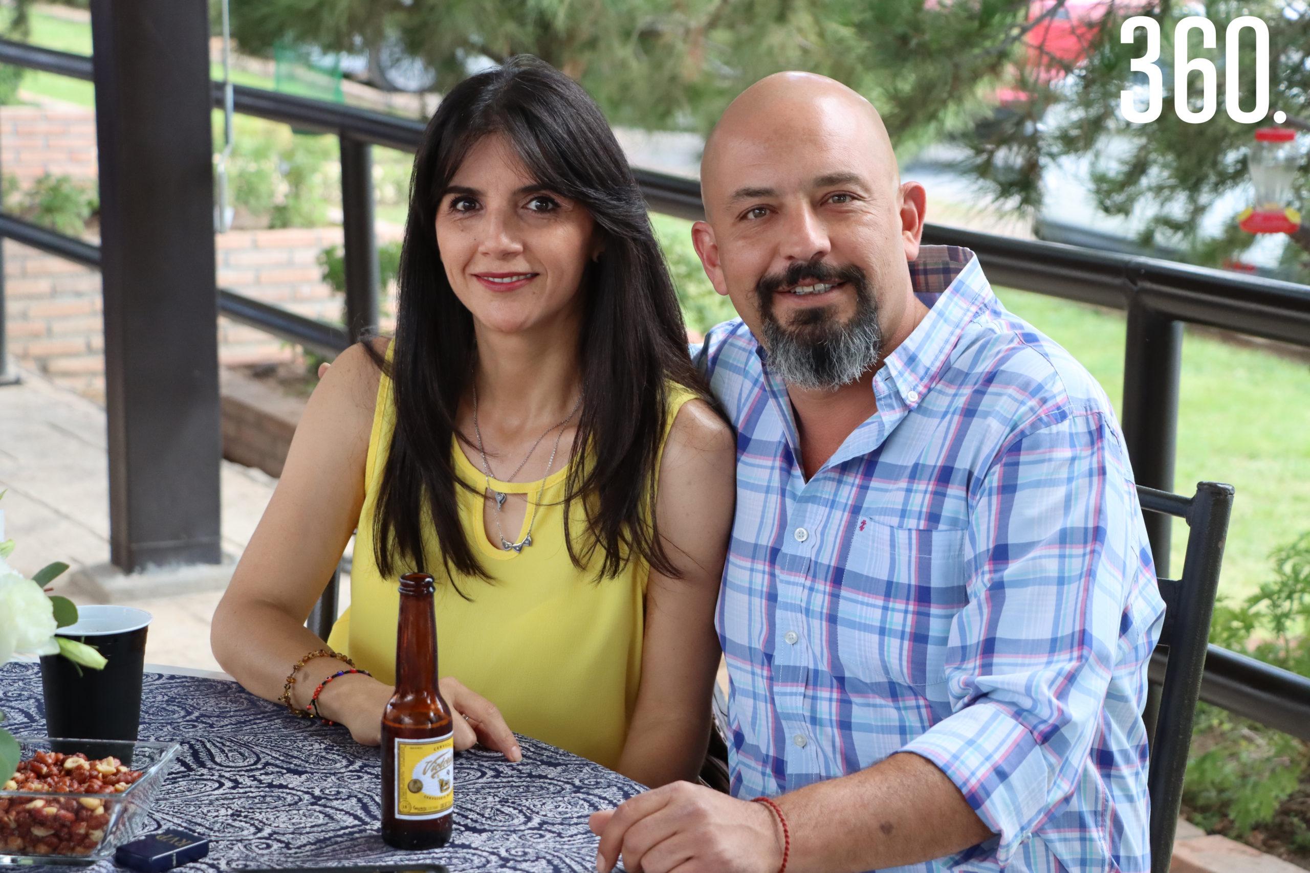 Marisol Flores y Rubén Valdes.