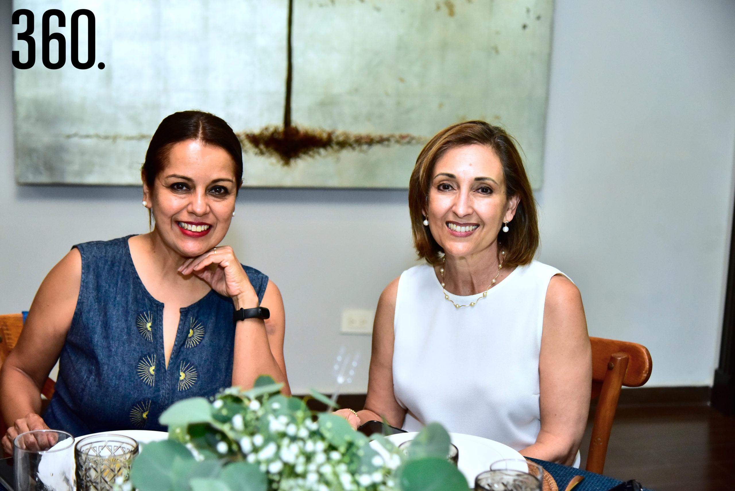 Claudia Cuevas y Eloina Lozano.