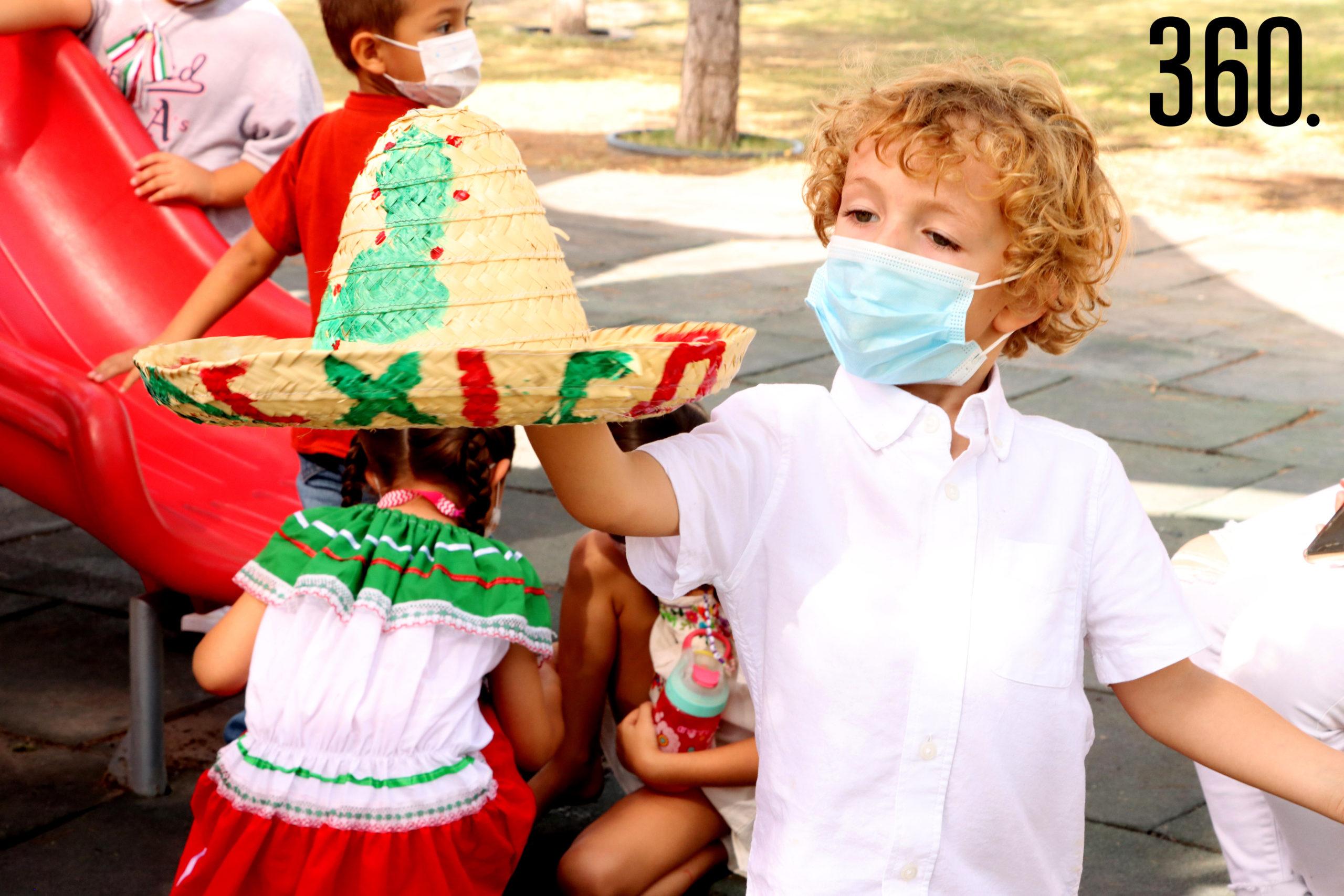 Luca Gentilioni festejó el inicoo de la Independencia de México.