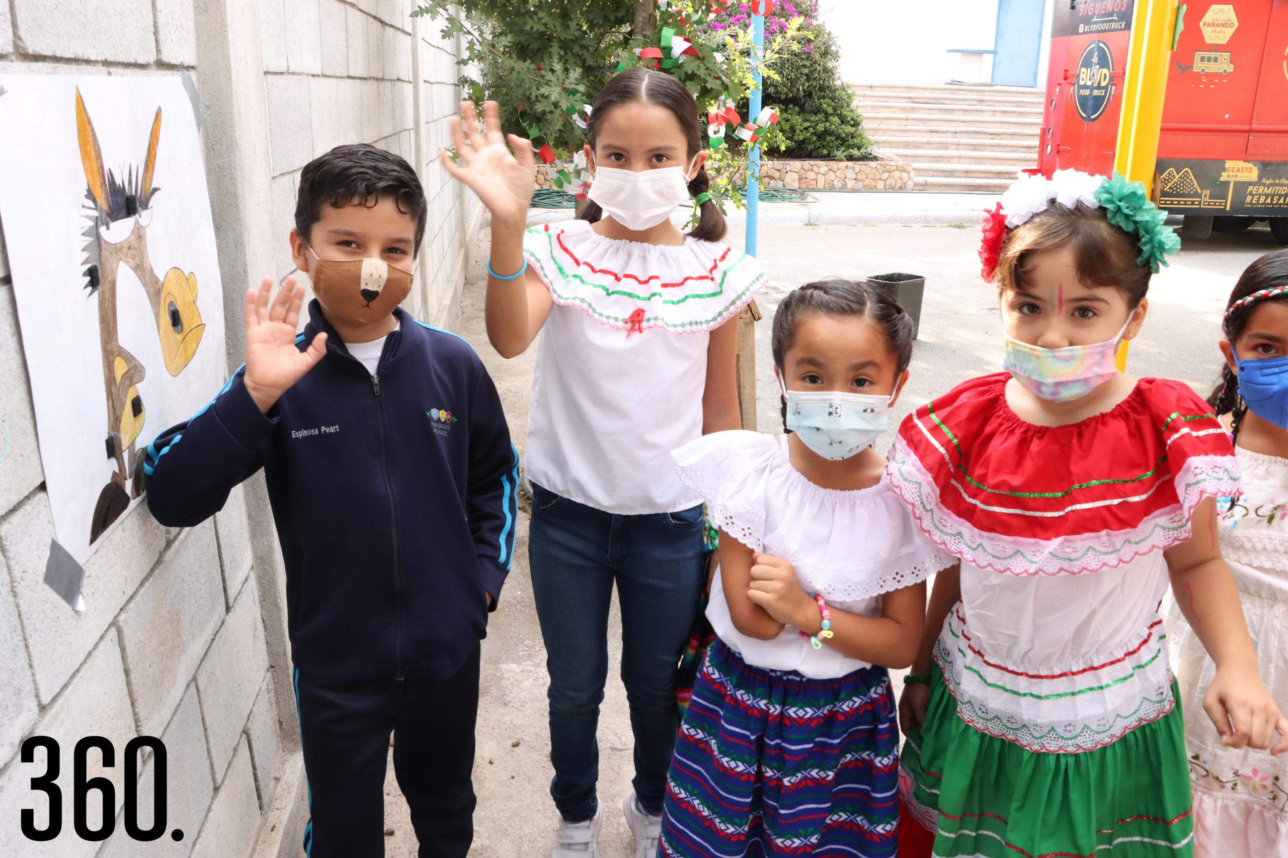 Jorge Hernández, Andrea Cruz, Emma Peña y Victoria Álvarez.