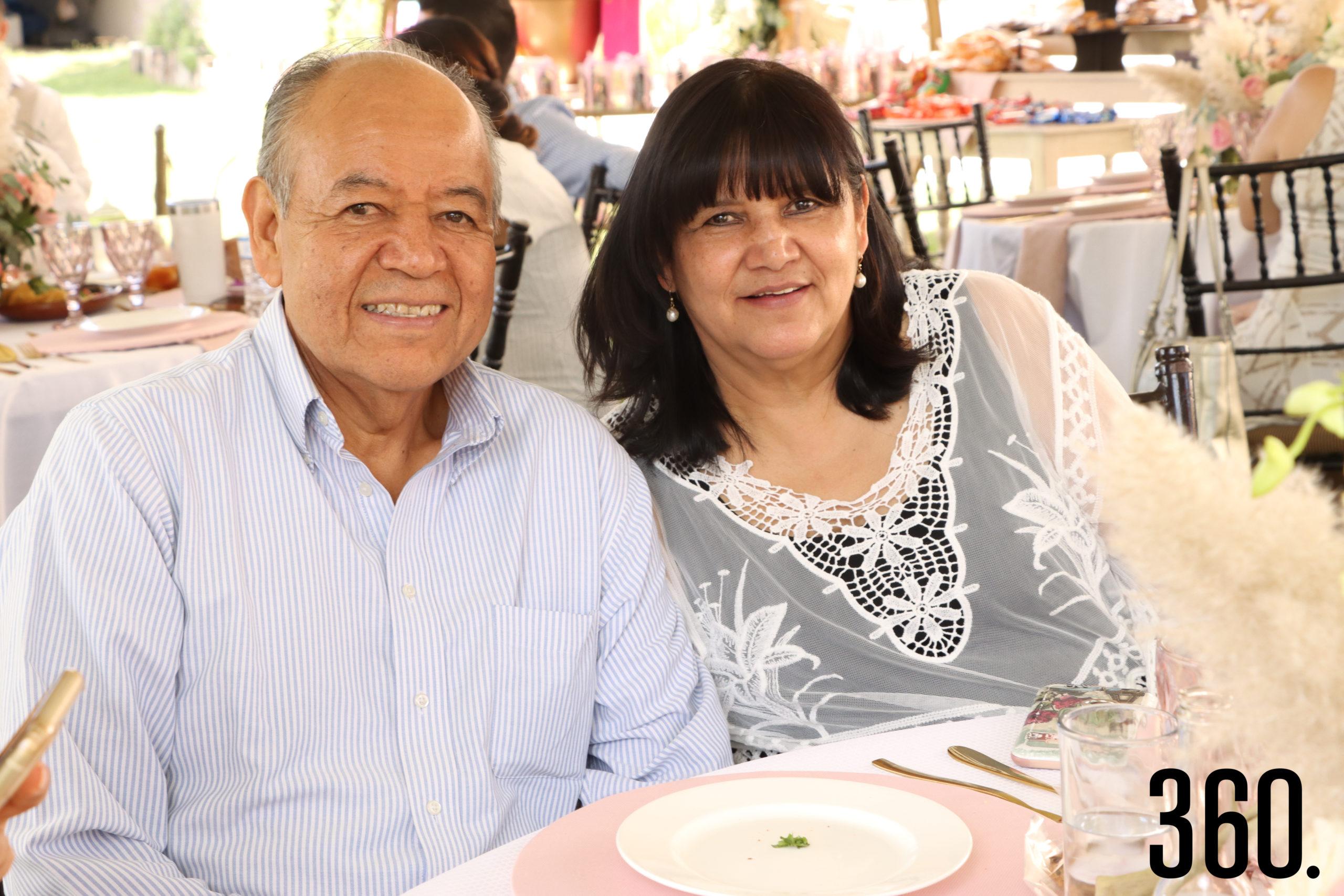 José Ángel Rodríguez y Martha Alicia Fuentes.