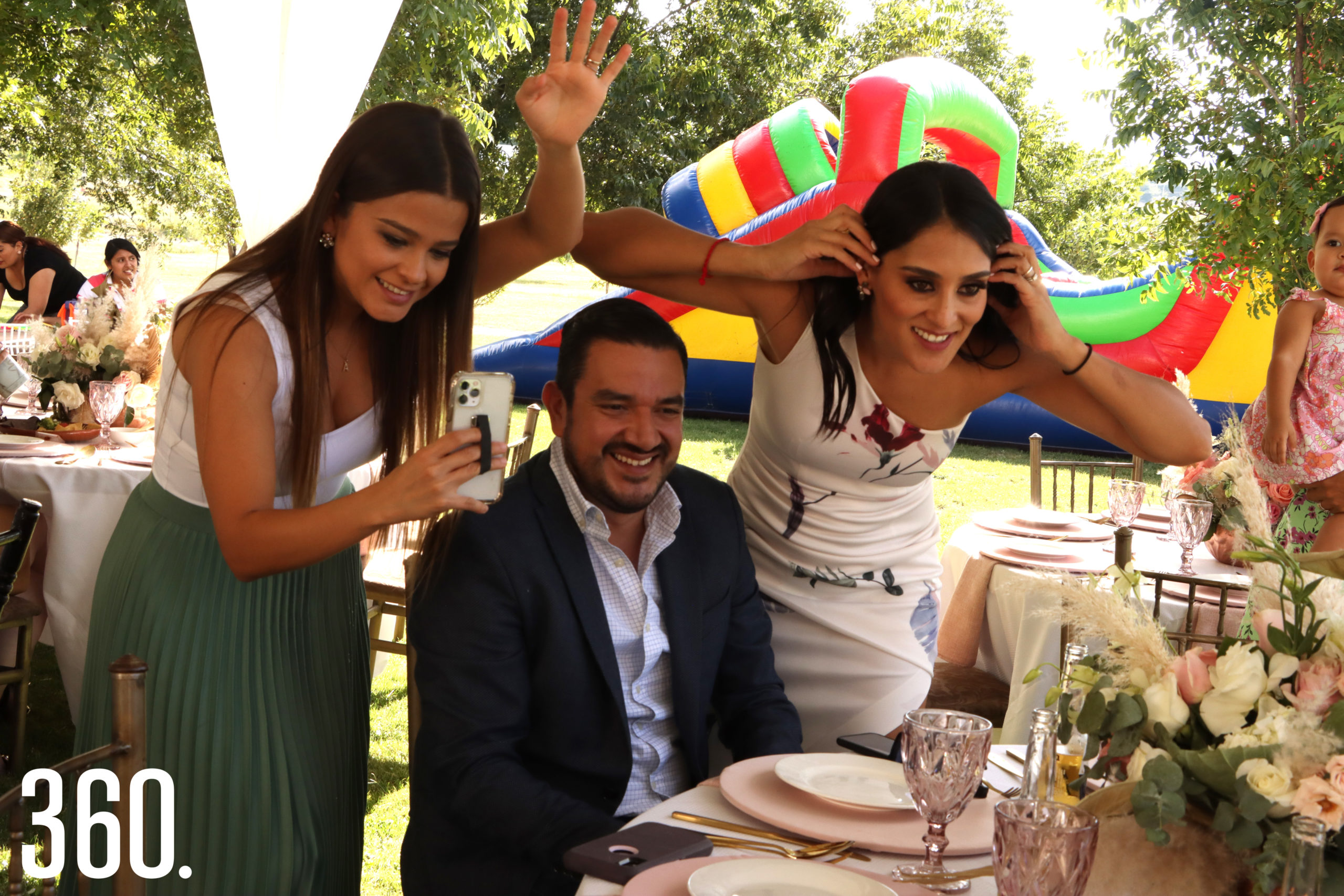Alejandra Mancha, Fernando Cárdenas y Cindy Hernández