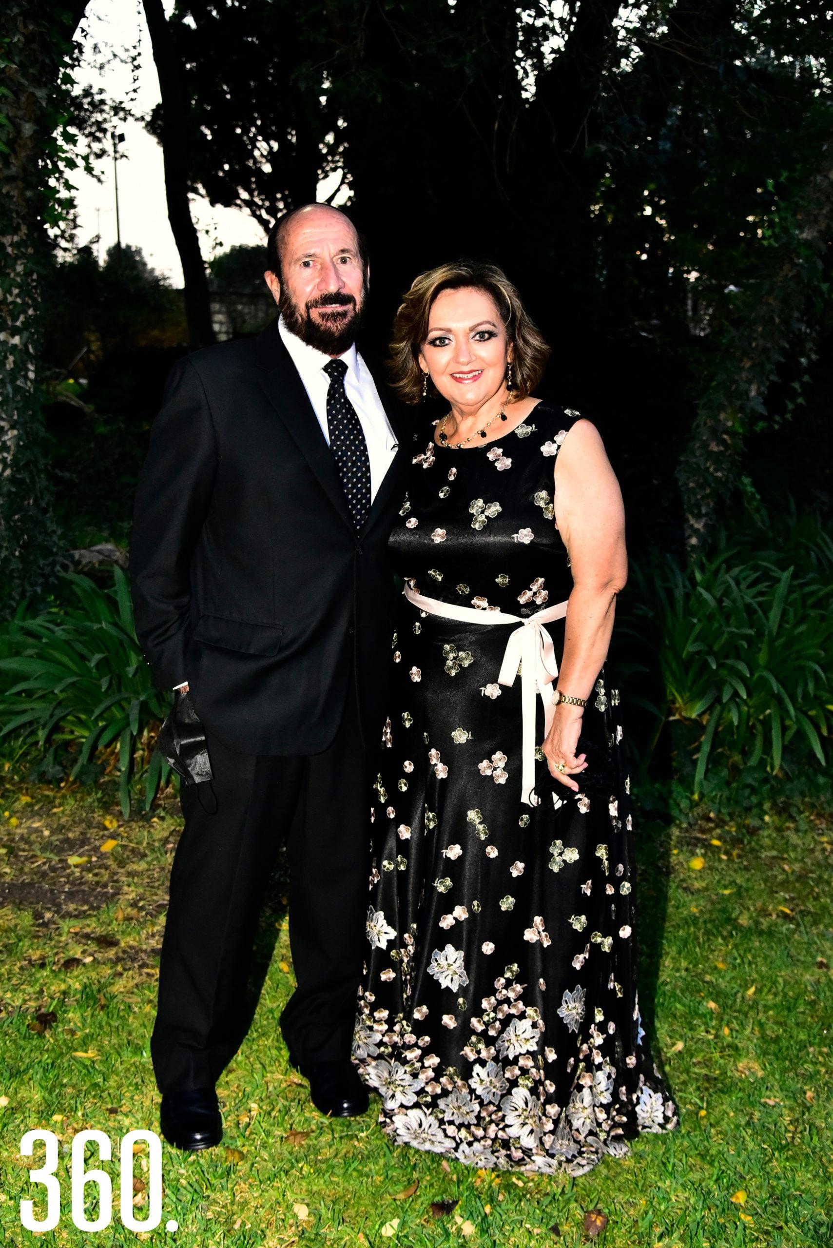 Jesús de la Peña y Martha Molina.