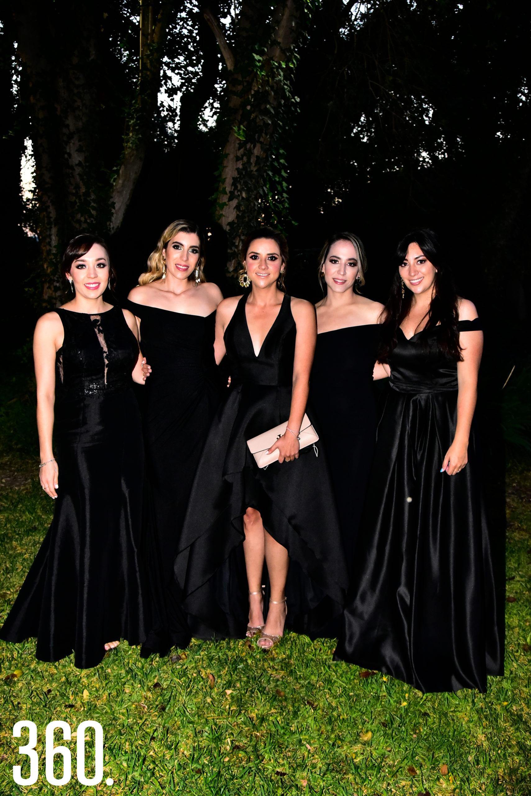Ale De León, Erika Ruiz, Ana Tere López, Ana Cecilia González y Olga Grant.