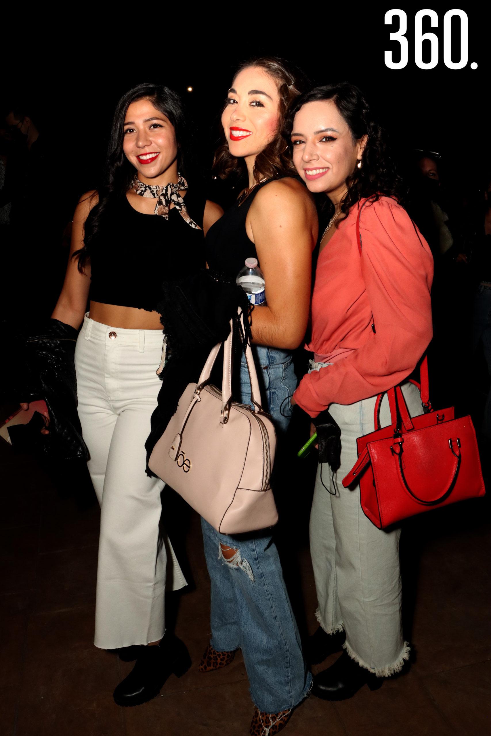Astrid Sandoval, Margarita Jaramillo y Laura de la Garza.