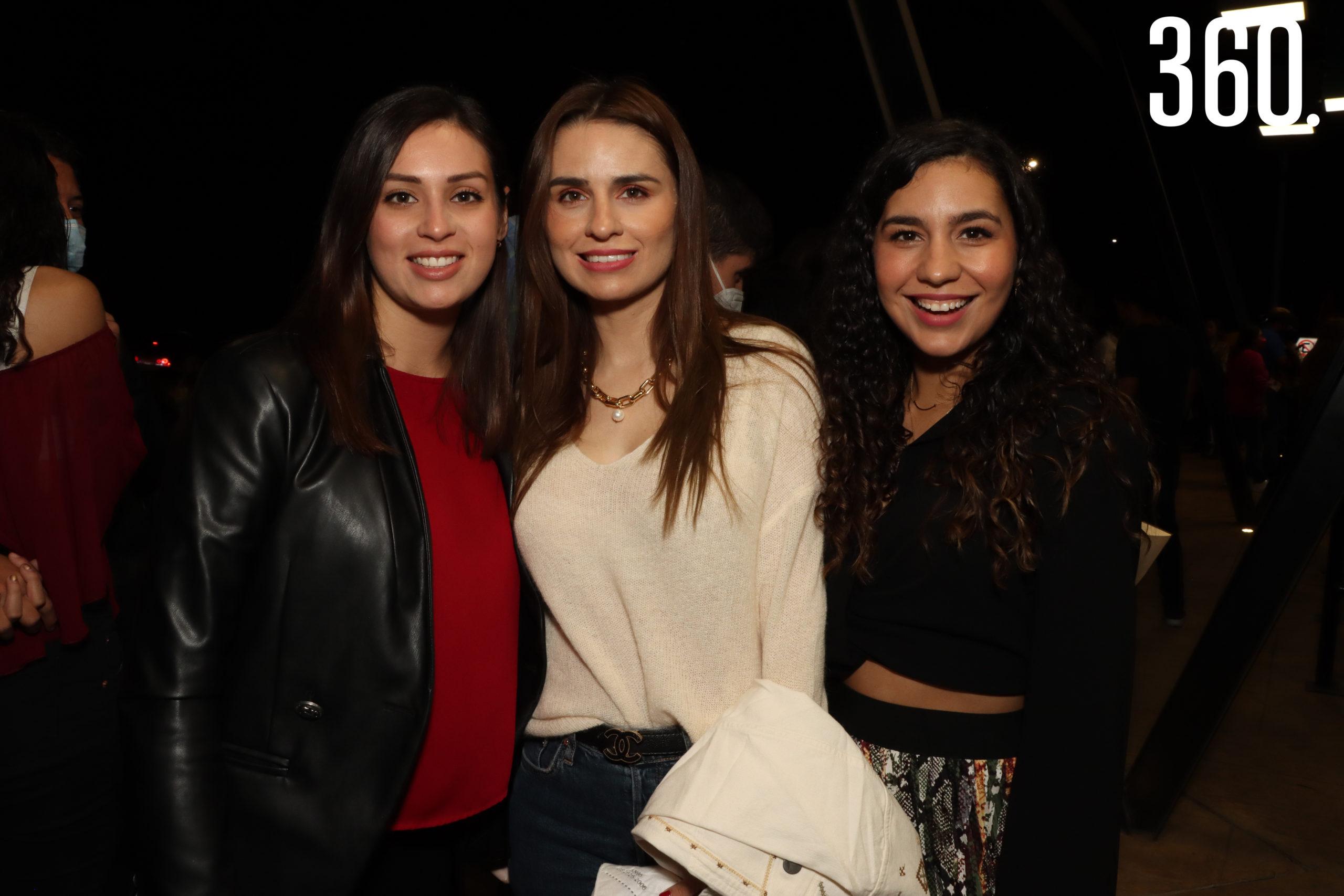 Marisa Álvarez, Ana Sofía y María Fernanda Arechiga.