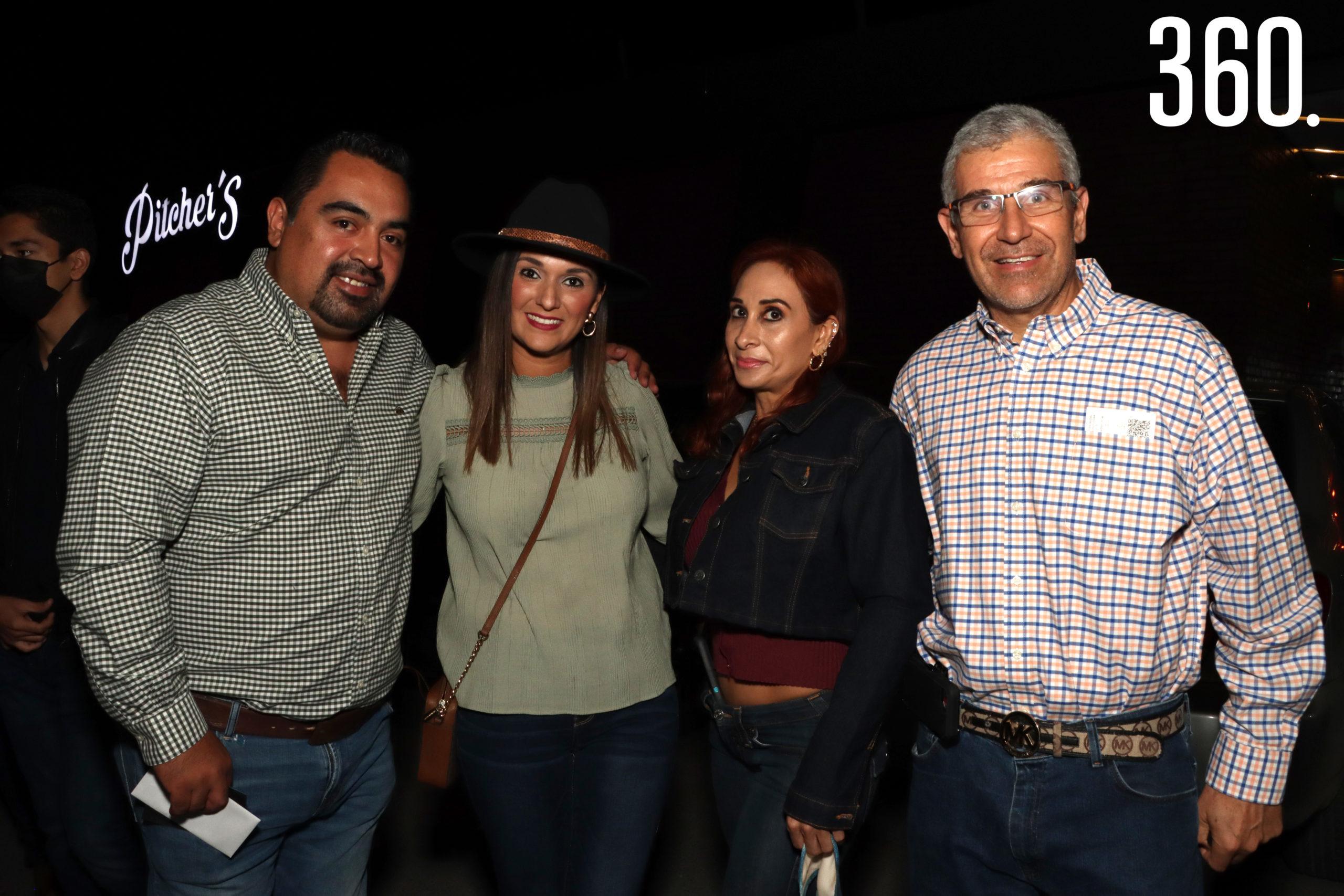 Diego Sánchez, Lilian González, Mirtha Castillo y Enrique Rodríguez.