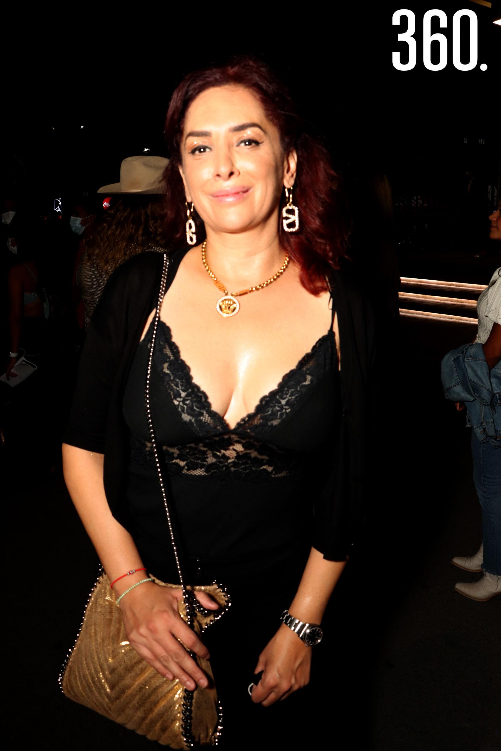 Mónica Robles.