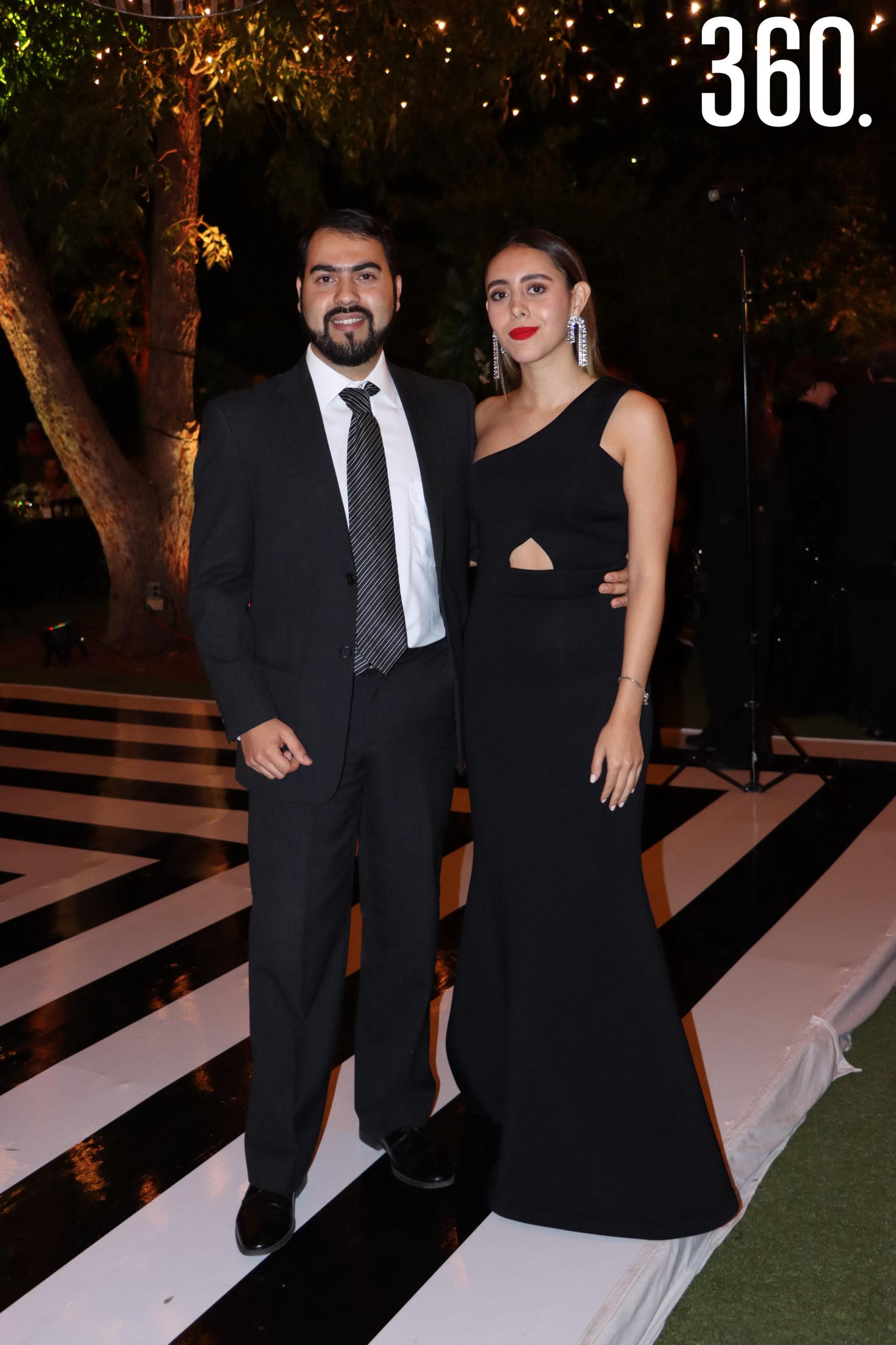 Sergio Estrada y Sara Cantú.