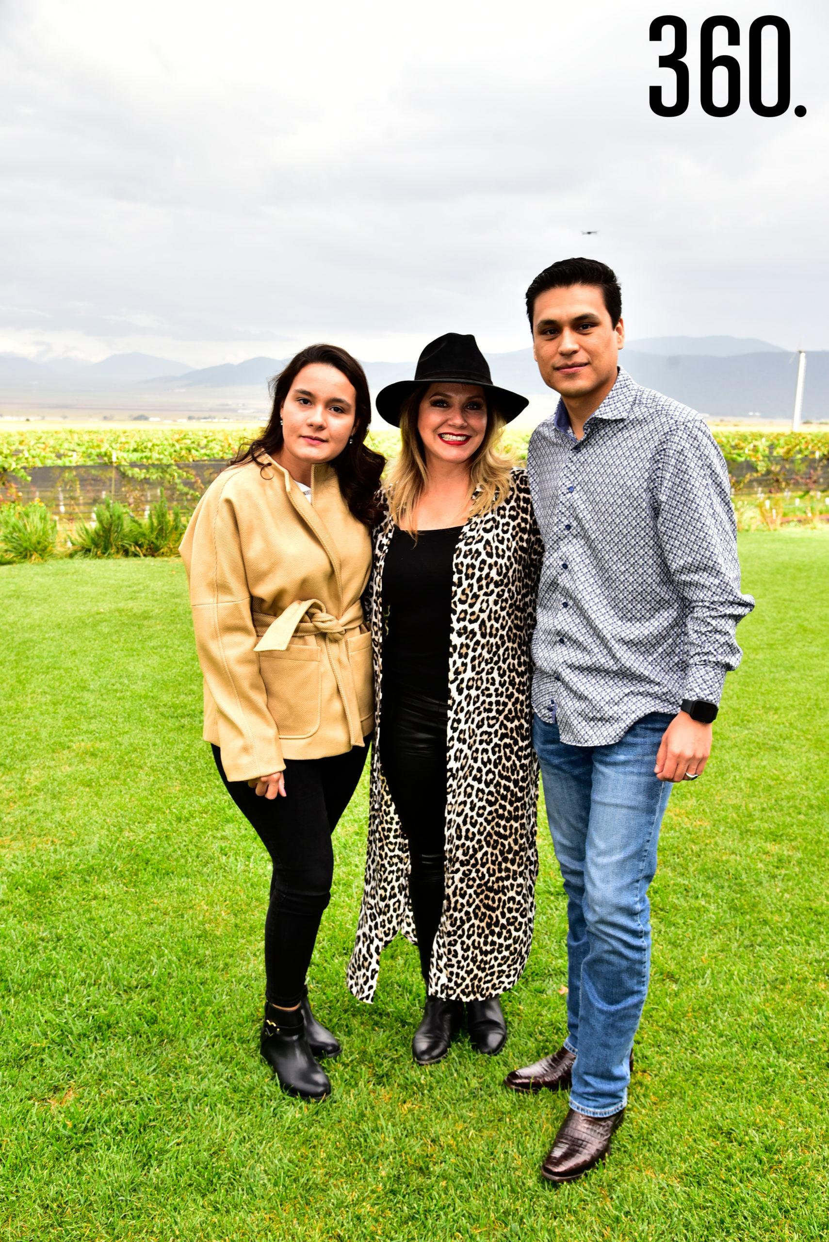 Sofía Iglesias, Alejandra Barrera y David Trejo.