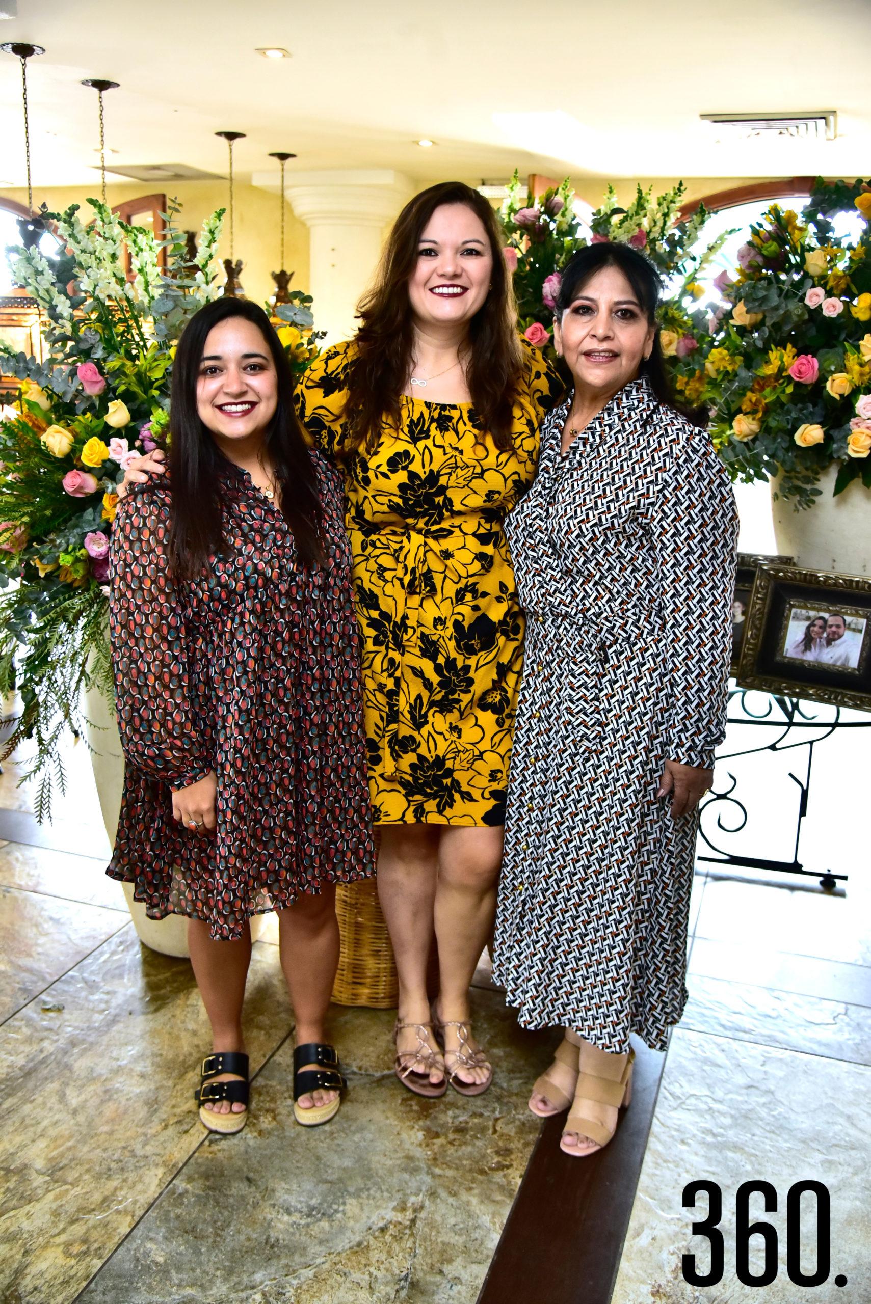Mariana Delgado, Anahí Cantú y Sandra Carrillo.
