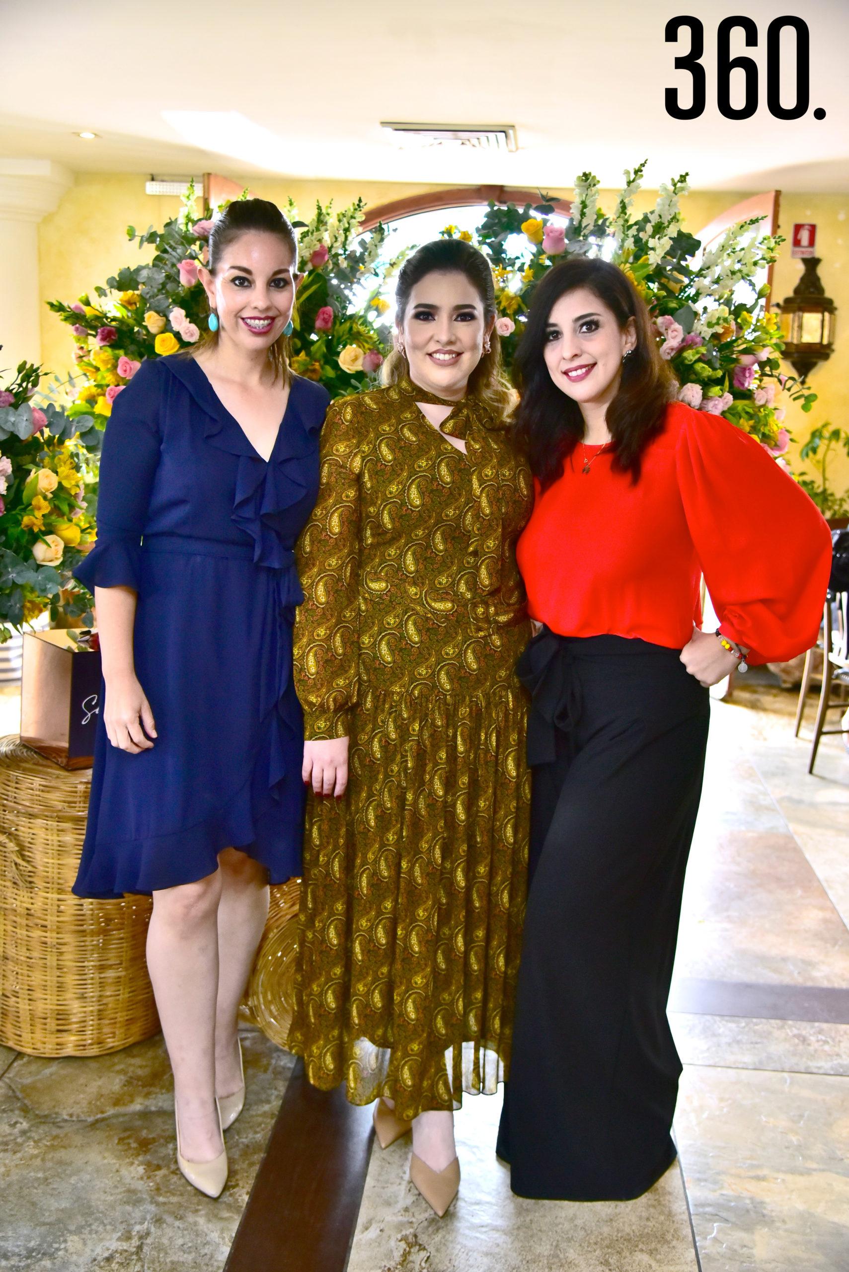 Sandra Natividad, Samantha Natividad y Verónica Natividad.