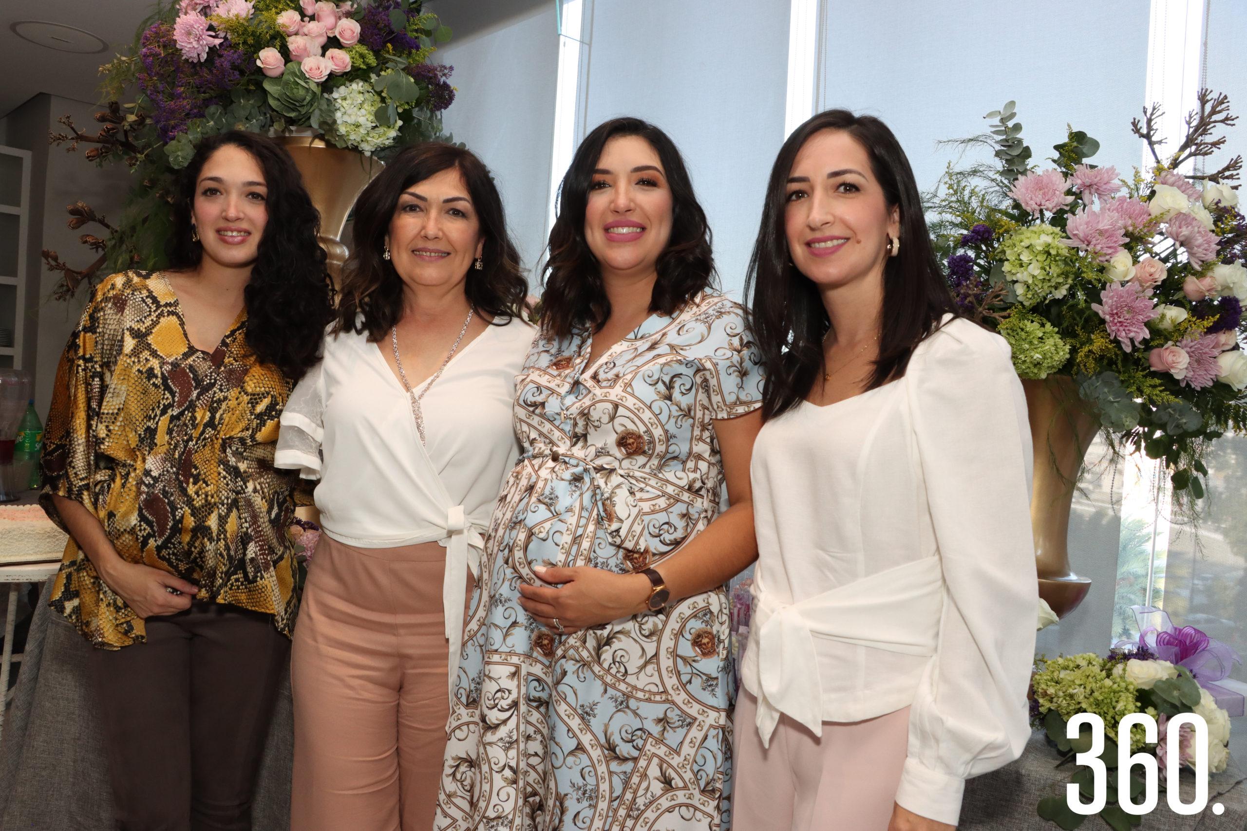 Celina Treviño de Martínez, Geraldina Moncayo, Mariana Treviño, Geraldina Treviño de Villarreal.