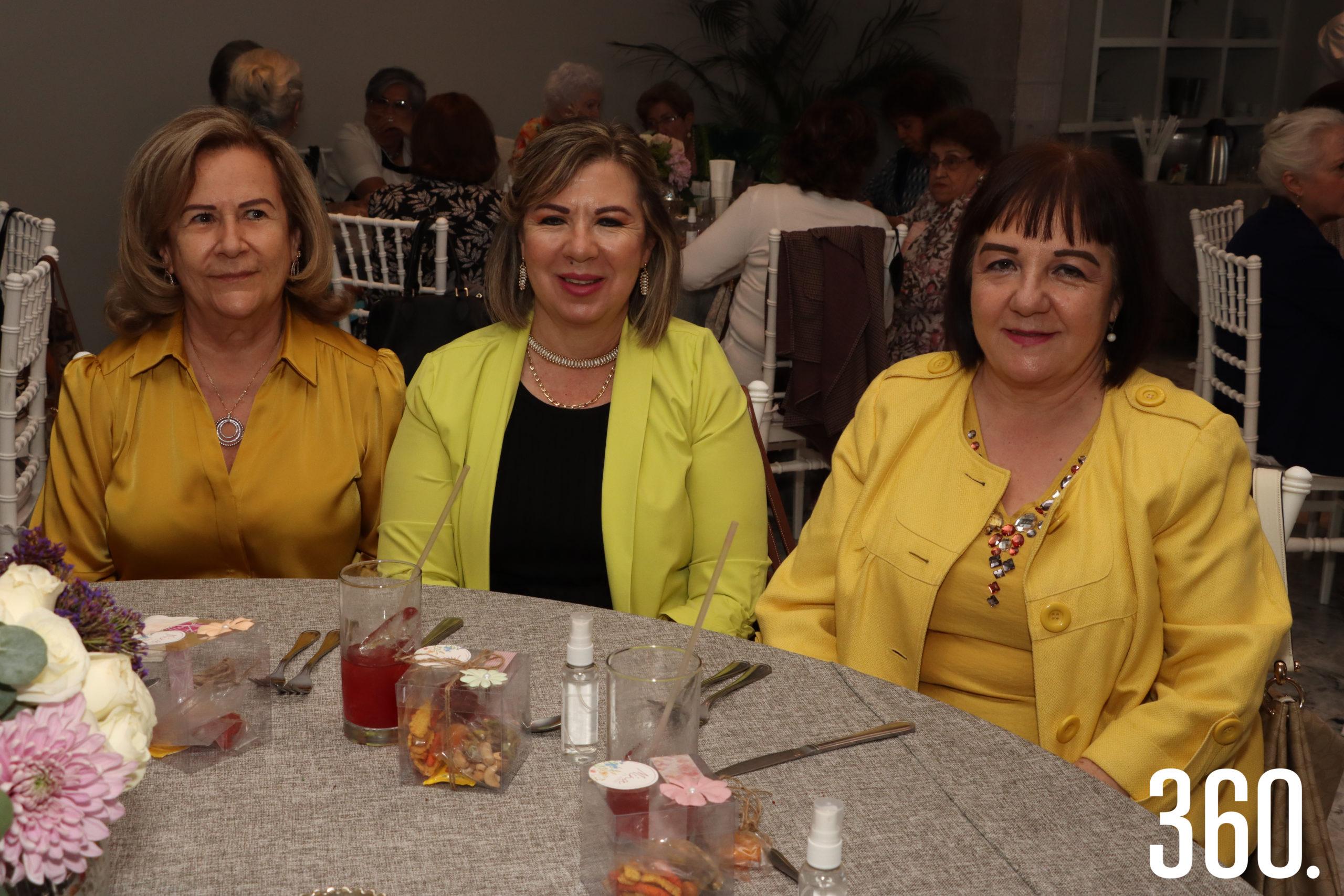 Ana Laura Ramos, Alejandra y Verónica Garza.