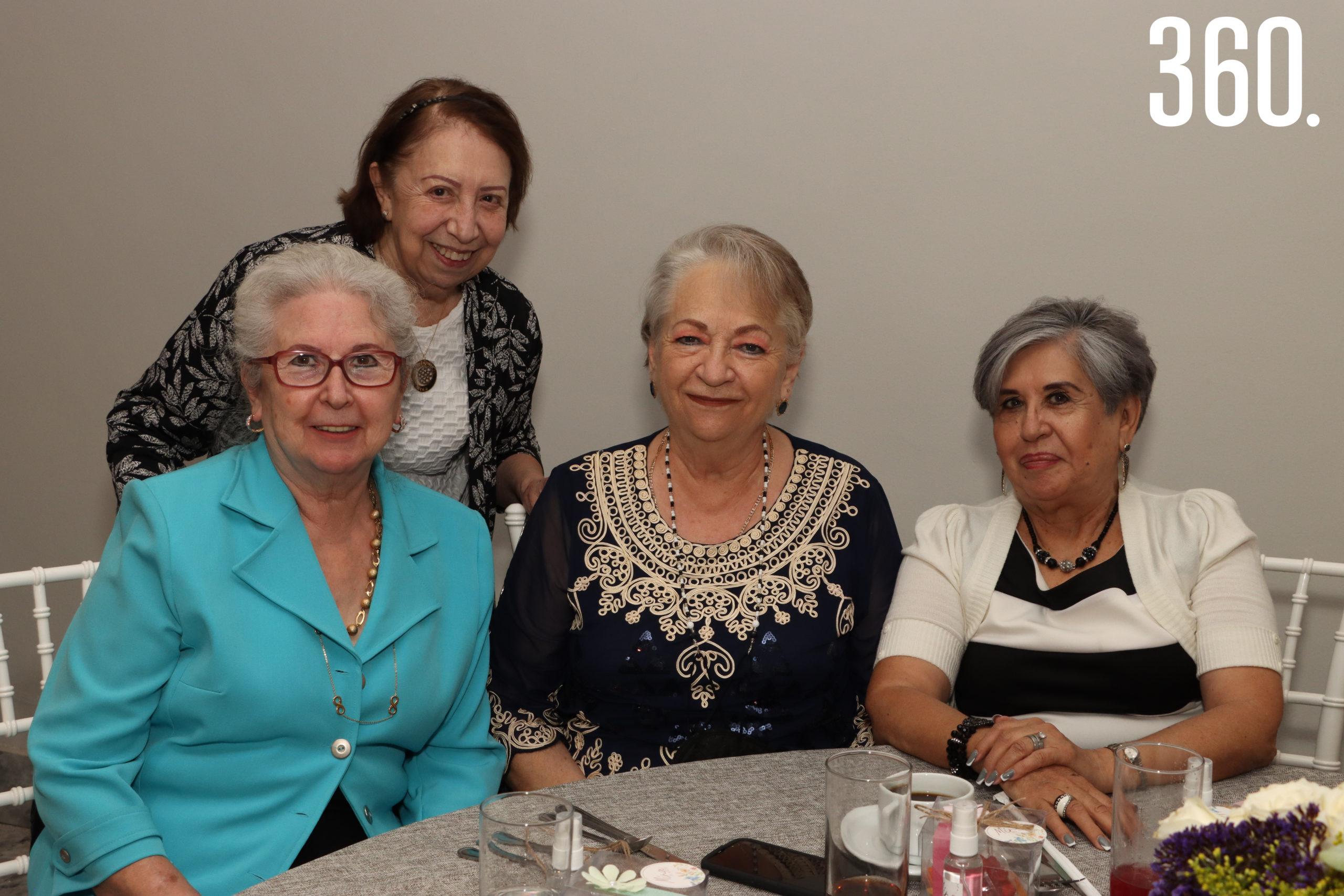 Lourdes Narro, Porfiria González, María del Socorro Domínguez y Silvia Palacios.