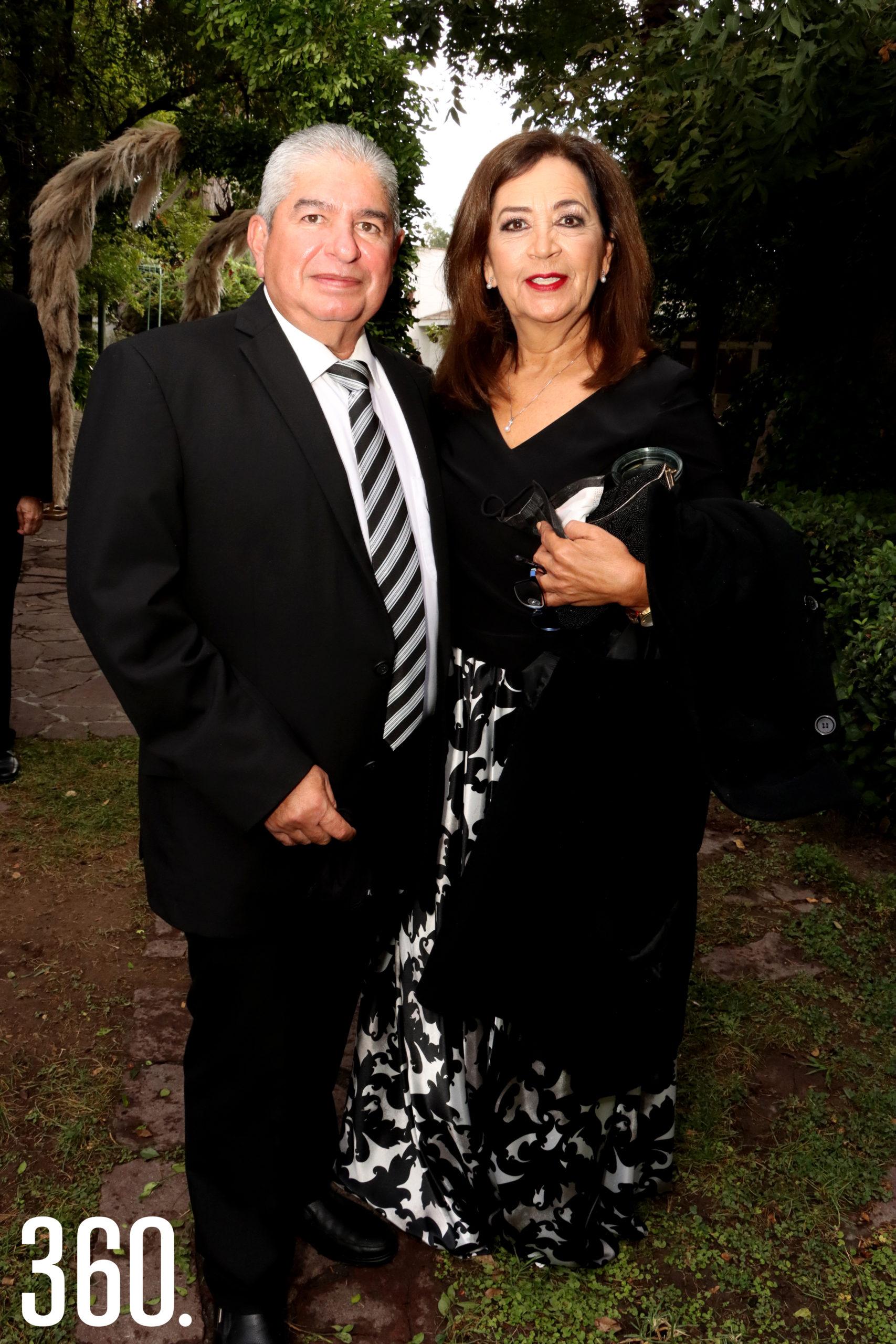 Luis Cabello y Mónica Ventura.