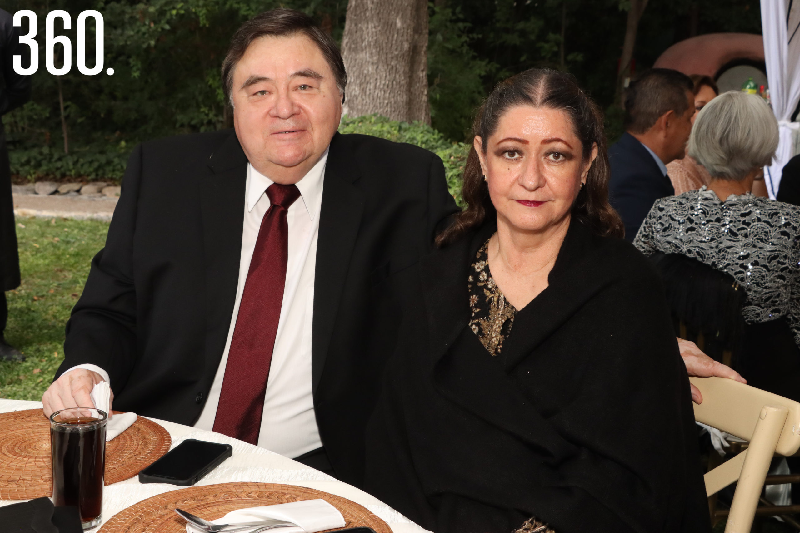Fernando y Bertha González.