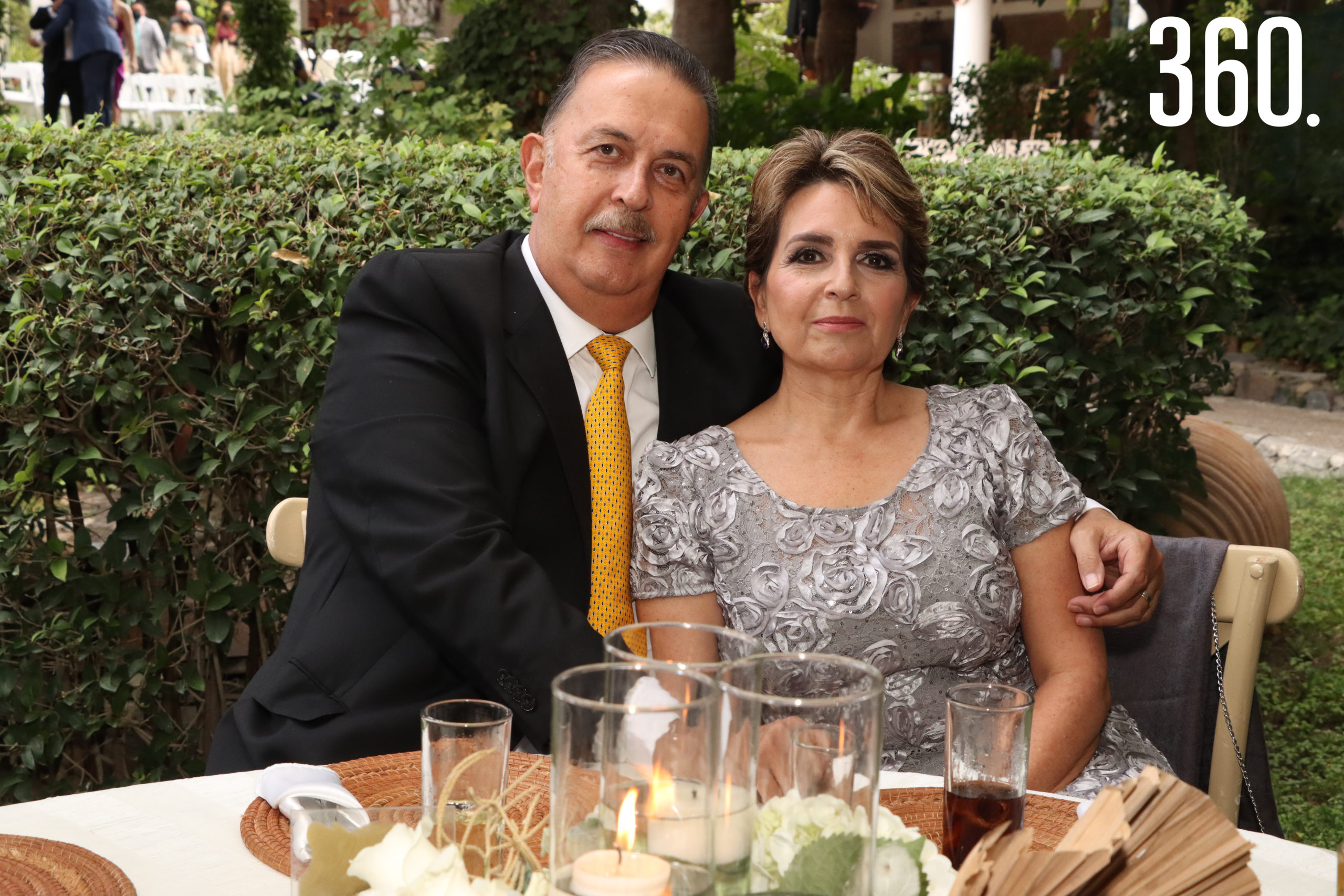 Humberto Mendoza y Marialba de Mendoza.