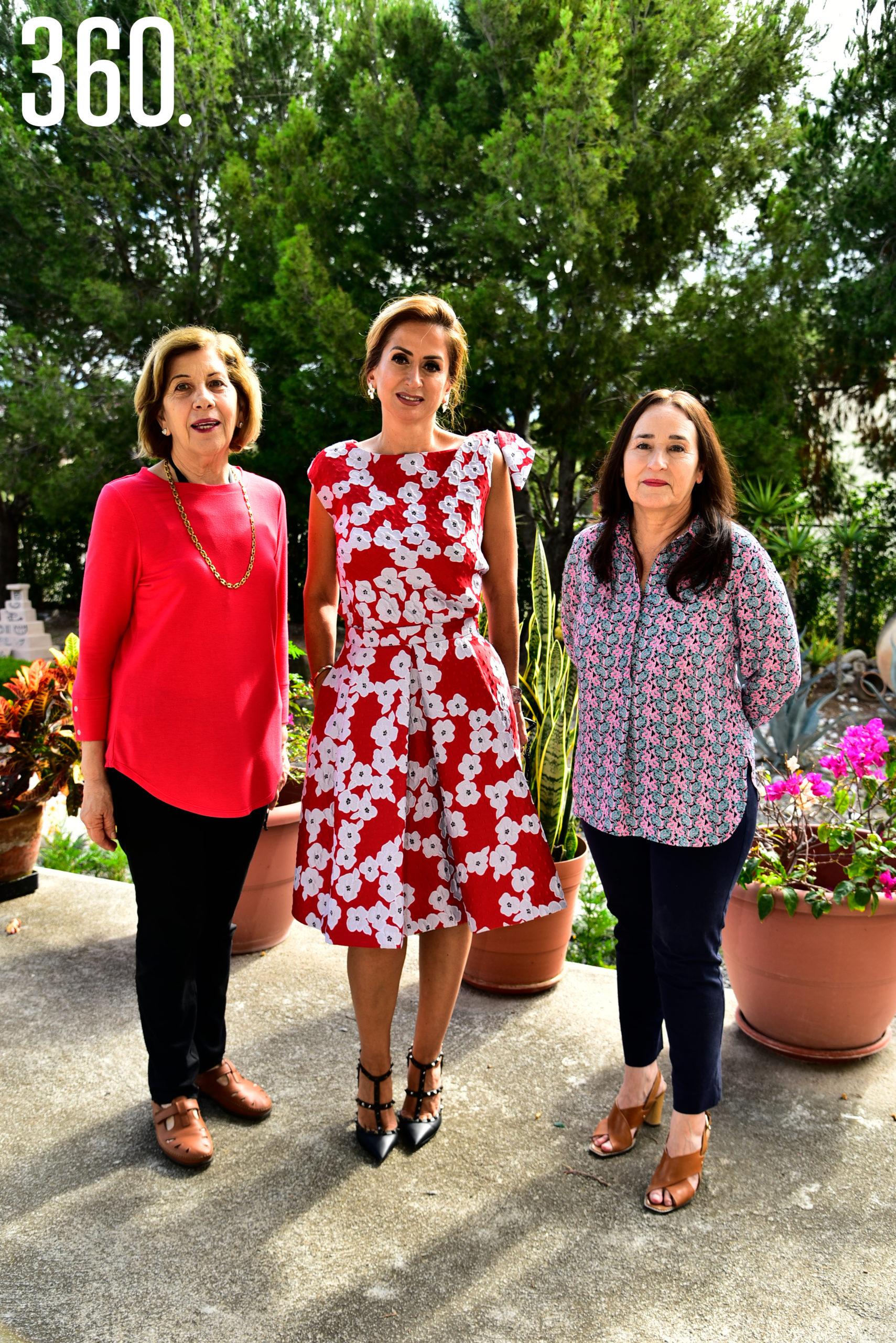 Nancy Richards, Celia Rodríguez y Beatriz Verduzco.