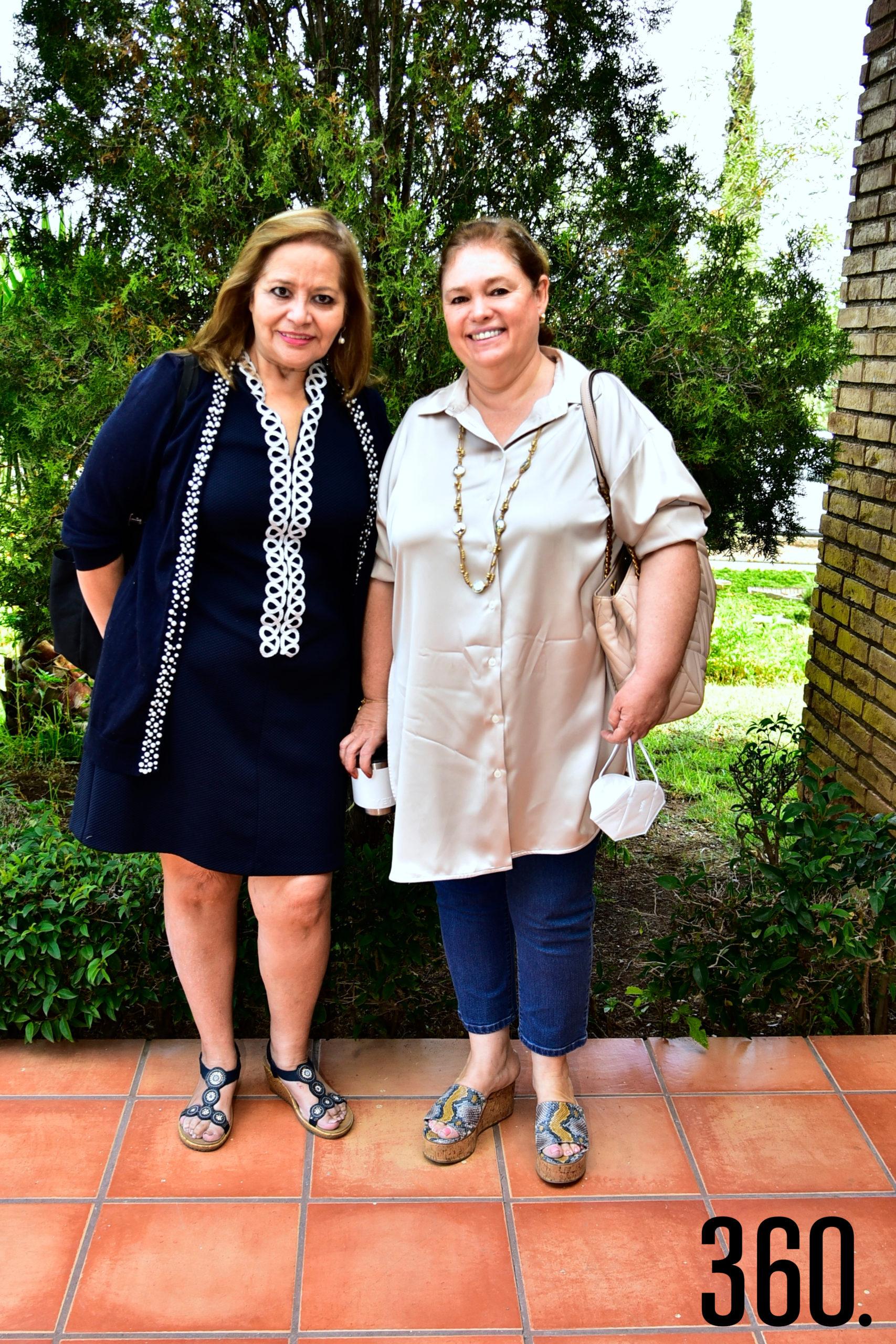 Lili Melo de De Las Fuentes e Hilda López.